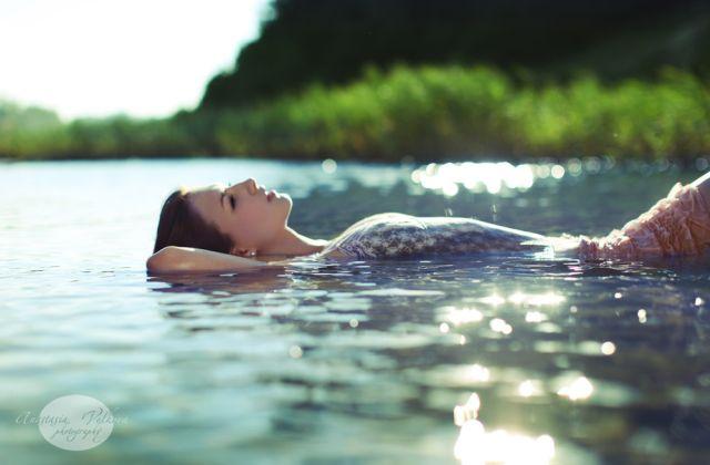free-bible-studies-online-activated-quiet-moments-faith-floats