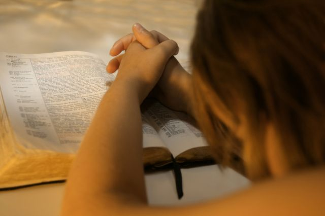 free-bible-studies-online-activated-feeling-close-to-jesus