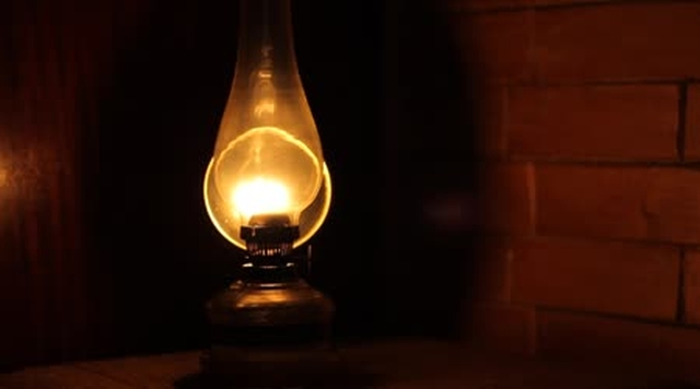 free-bible-studies-online-the-oil-lamp